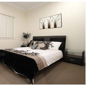 display home bedroom photo.jpg