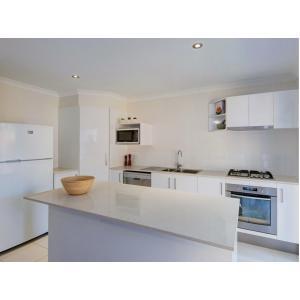 Kallangur investment townhouse kitchen.jpg